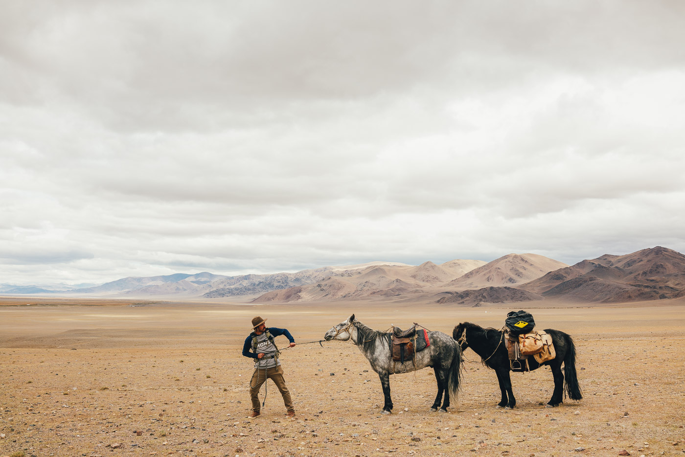 Challenges of Stefan Haworth on a solo horse trekking expedition in Mongolia